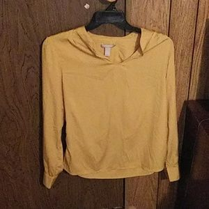 A yellow top